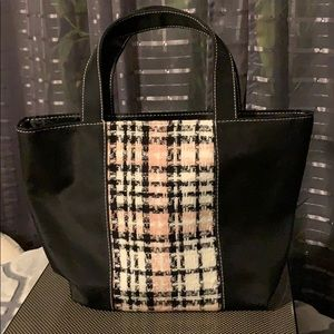 Tote 👜 medium great 👍 for everyday bag